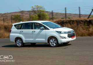 3. Two drive modes The Innova will get two driving modes, namely Power and Eco. The latter optimizes the engine for better fuel efficiency, whereas the Power mode lets one utilize full potential of the motor.