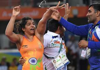 Sakshi Malik became the fourth Indian woman athlete to win an Olympics medal after Karnam Malleshwari, Mary Kom and Saina Nehwal.