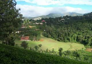 Coonoor-It is a beautiful hill station, popularly known for its Nilgiri tea