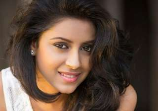 Pratyusha Banerjee It is one of those celebrity suicides that created a lot of controversies in the world of Television. She was found hanging from her ceiling fan on the day of April 1st 2016. According to the reports, frequent tiffs with boyfriend Rahul Raj Singh compelled the actress the take her own life.