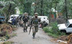 Three security personnel injured in grenade attack in