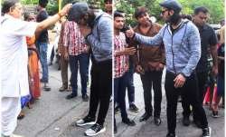 Ranveer Singh seeks blessing for Padmavati