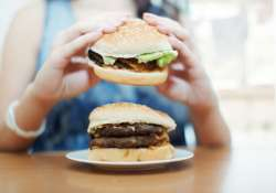 Why obese women can not help but always think about eating