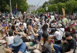 Thousands marched in US to protest Trump's climate policies
