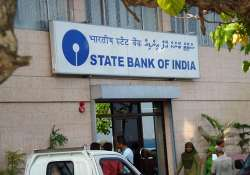 sbi cuts fixed deposit rates by up to 1 per cent
