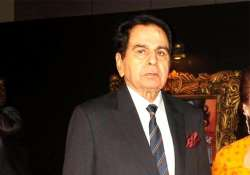 dilip kumar admitted to lilavati hospital after complaining