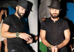 shahid gains weight tries to hide his bald look see pics