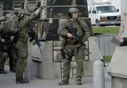 man arrested at gunpoint just steps away from canada pm