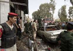 yemen minister survives al qaeda car bomb attack
