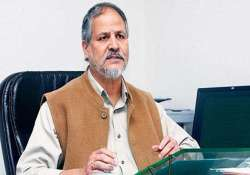 give power cut schedule in delhi najeeb jung to discoms