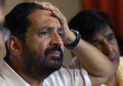 suresh kalmadi quizzed in national games scam