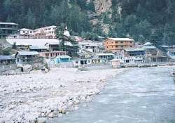 gangotri glacier getting less snowfall higher temperatures