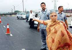 signature bridge in delhi may be ready by end of 2013