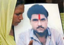 sister again appeals for sarabjit s release