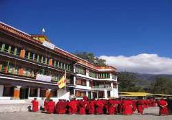 thousands throng tawang monastery to view buddha relics