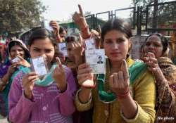 63.46 per cent polling in delhi polls till 5 pm