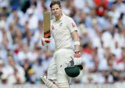 australia closes in on win in 5th ashes test