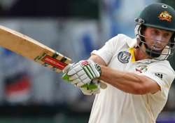 shaun marsh to replace injured clarke for second test