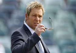 warne criticises dhoni says youngsters lack fighting spirit