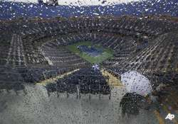 us open hit by 2nd consecutive day of rain