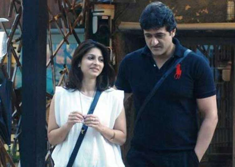 bigg boss 7 naked tanisha and armaan spotted getting intimate view pics- India Tv
