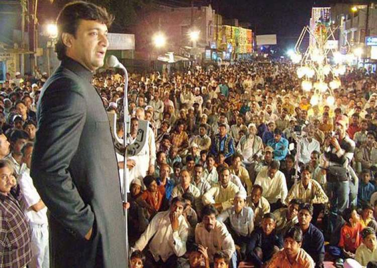 know akbaruddin owaisi his controversial speeches and his- India Tv