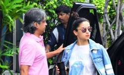 Bollywood actress Alia Bhatt was spotted at Mumbai airport.