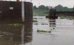 Water level in Yamuna approaching danger level in Delhi