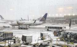 Snow falls, chicago, midwest snowfall