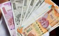 Maharashtra: Passenger gets Rs 5000 for no mobile