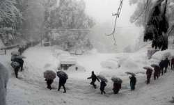 170 students among others rescued after being stranded in heavy snow near Kufri
