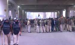Security, Jaffrabad Metro Station, Delhi, women, anti-CAA protests