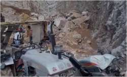 Sonbhadra: Boulder falls on mine workers, 2 rescued while 4 more feared trapped