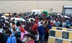 Scenes of huge crowds moving across Delhi-UP border emerge