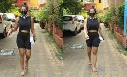 Malaika Arora brutally trolled for her weird walk in viral video, netizens ask, 'ye konsa style hai
