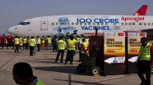 SpiceJet unveils a special aircraft livery to mark 1