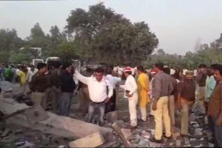 8 killed in blast at firecracker factory in Budaun
