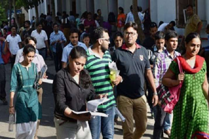 Center changes rule for Bank Exams to be in Regional languages